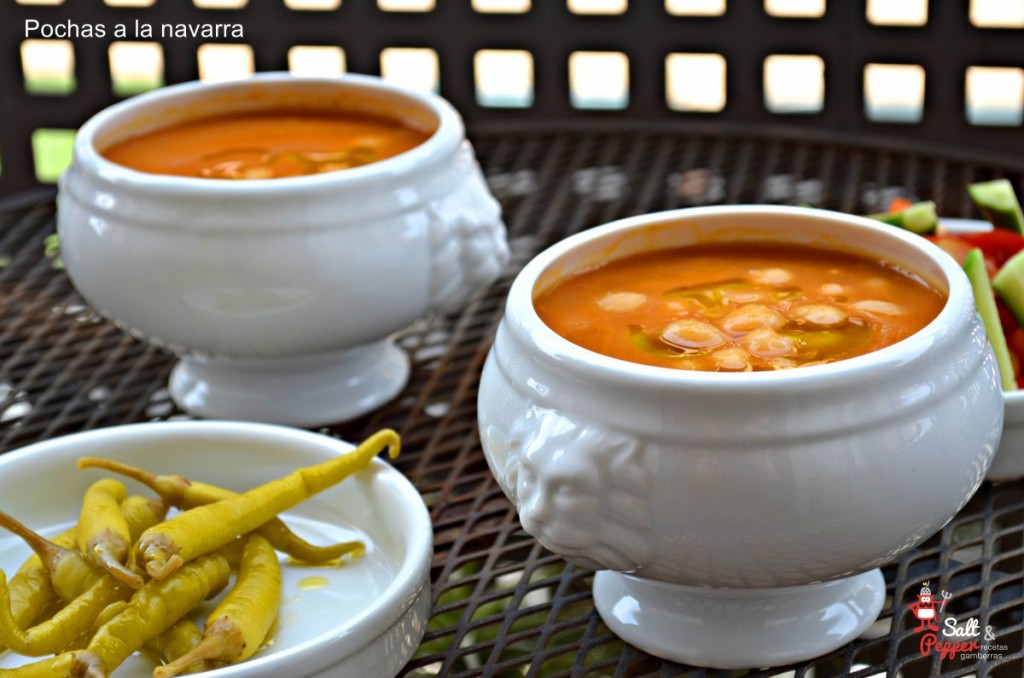 Tradicional plato de pochas a la navarra.