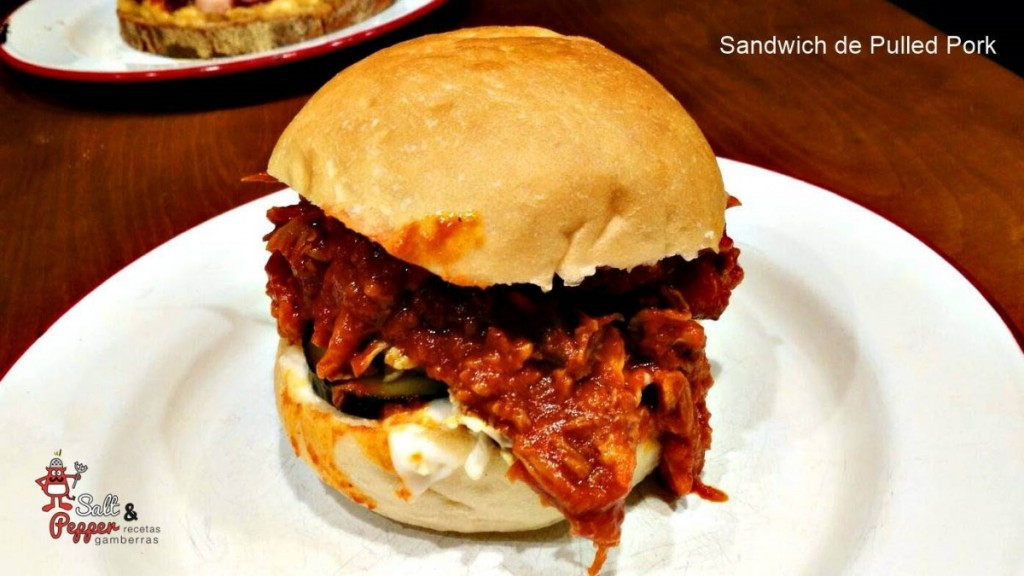 Sandwich_pulled_pork