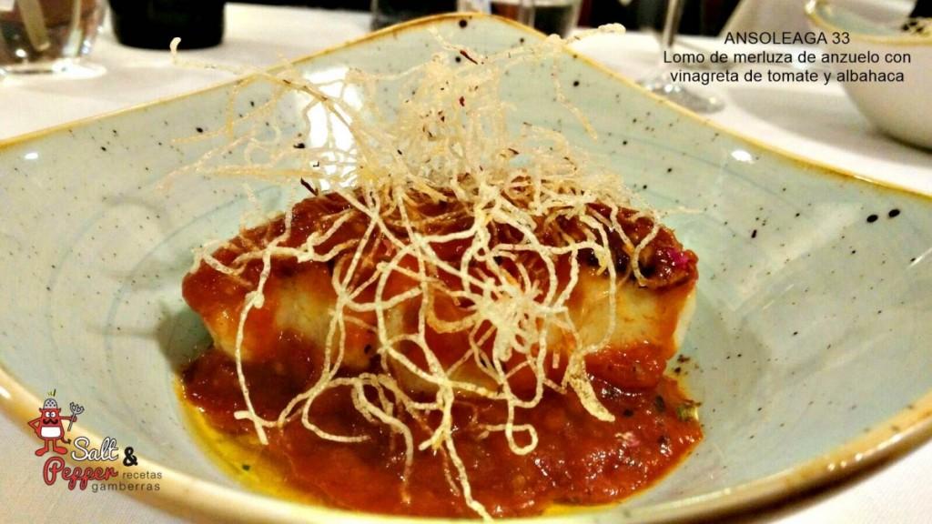 lomo_merluza_vinagreta_tomate_albahaca
