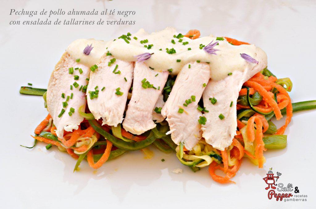 pechuga_pollo_ahumada_té_negro_tallarines_verduras_1