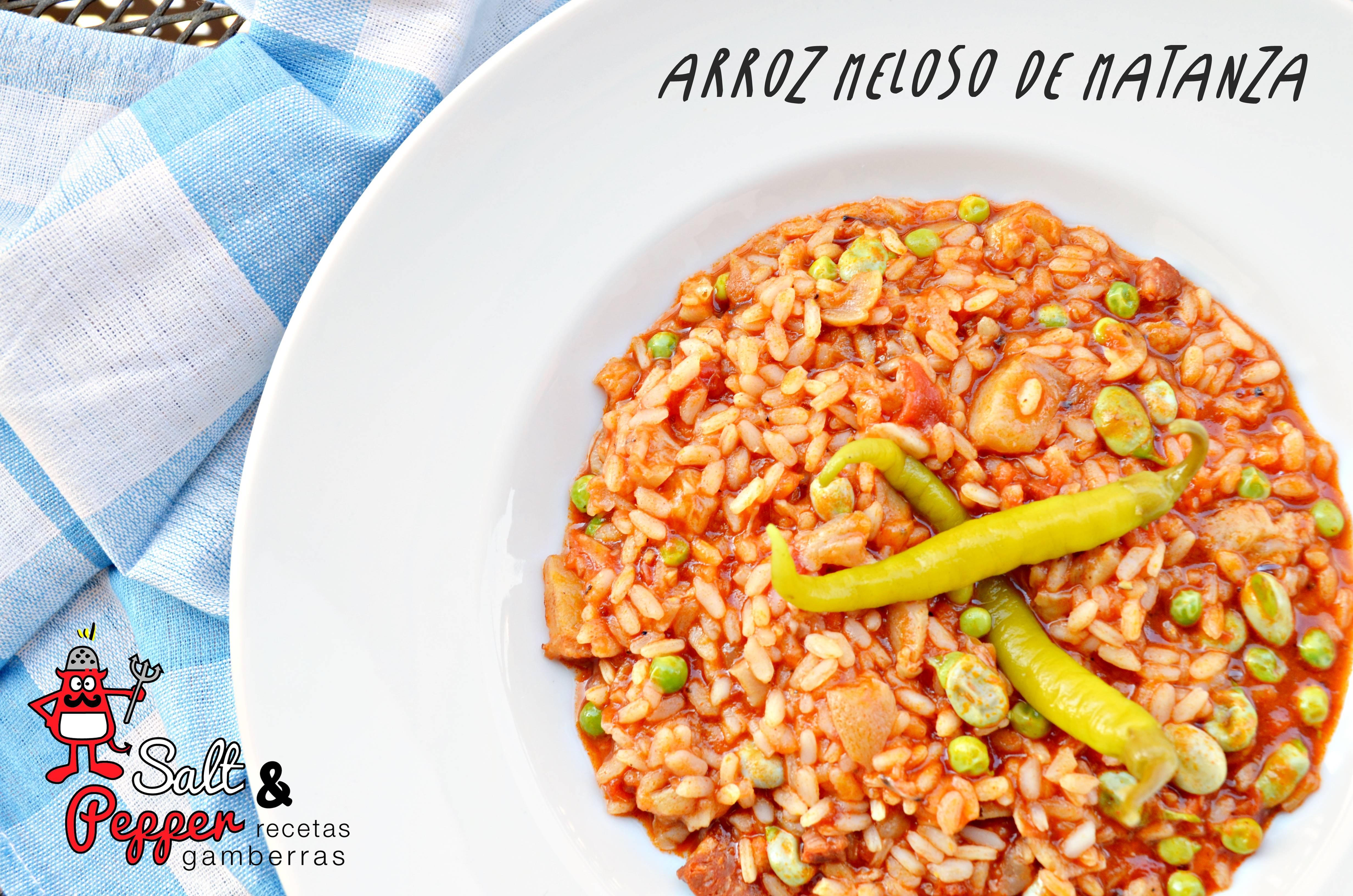 Plato de arroz meloso de matanza realizado con chorizo y otros derivados del cerdo.
