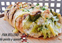 Crujiente pan relleno de pesto y quesos.