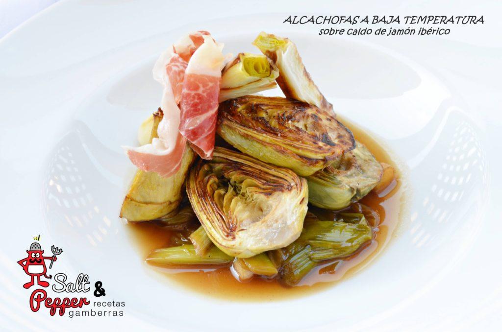 Alcachofas a baja temperatura, posteriormente braseadas y acompañadas con un caldo de jamón ibérico.