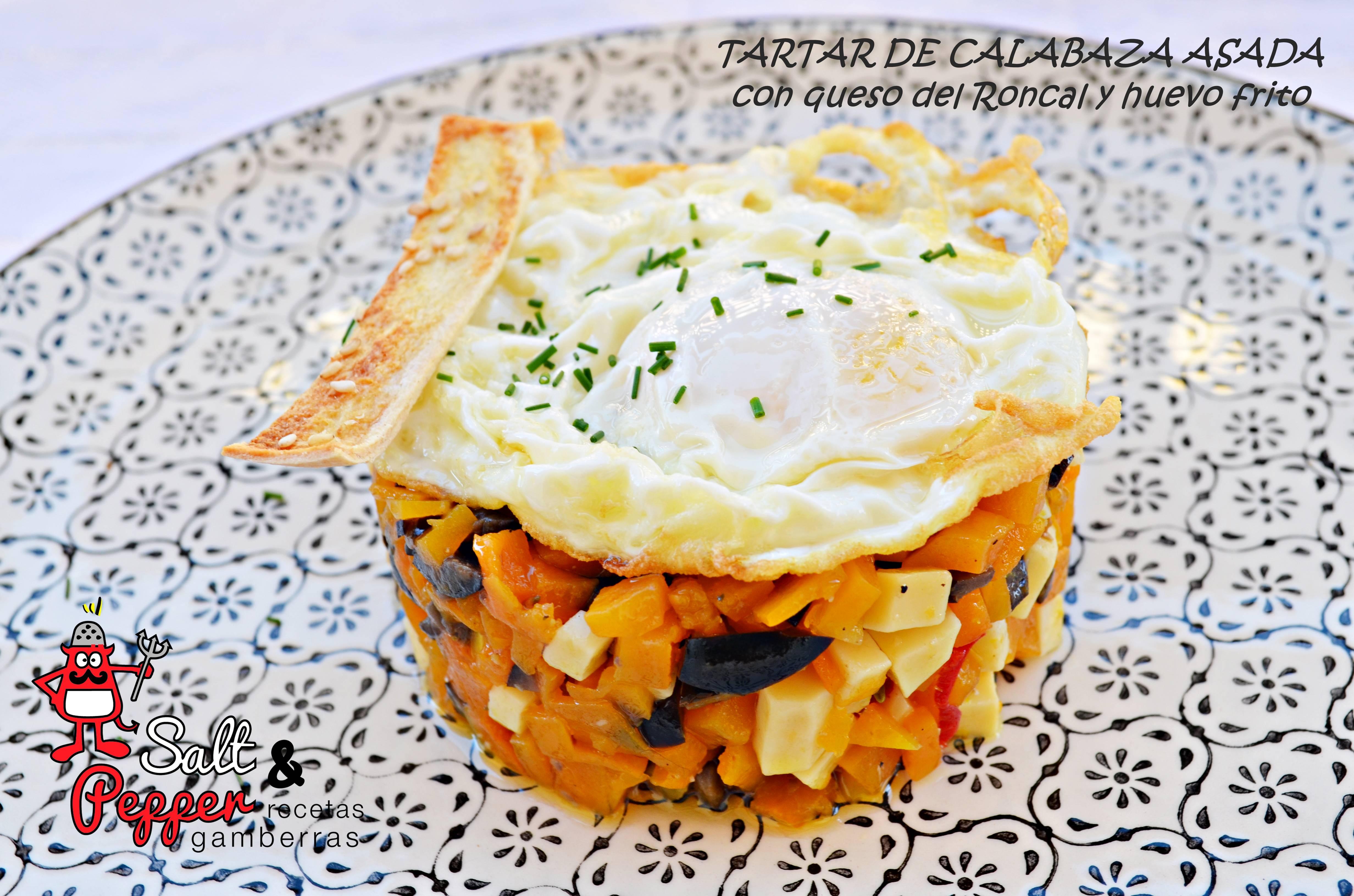 Tartar de calabaza asada con queso del Roncal y huevo frito