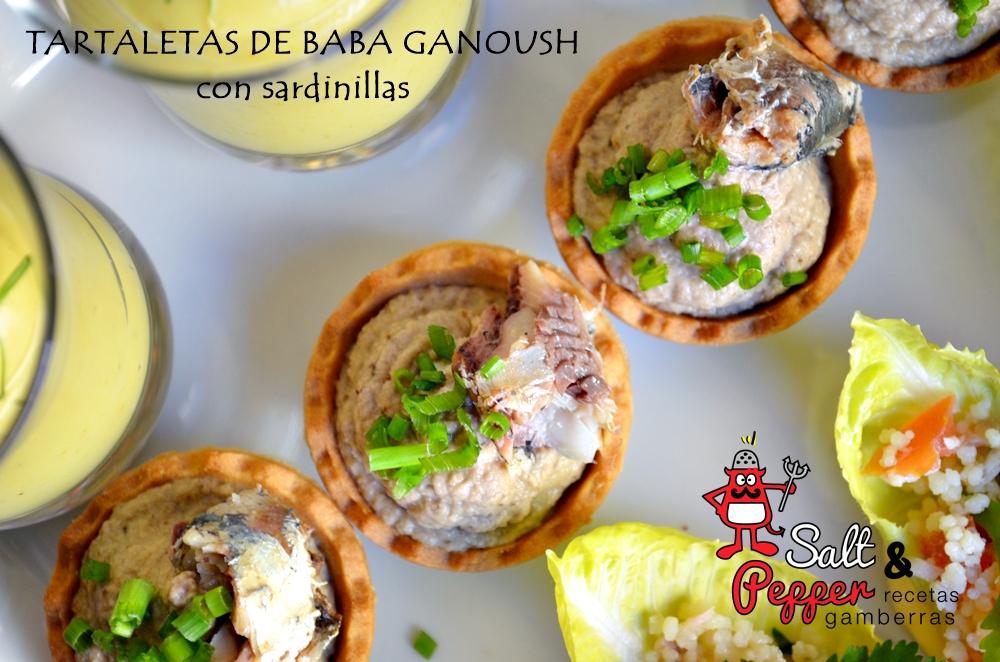 Tartaletas de baba ganoush y sardinillas en aceite