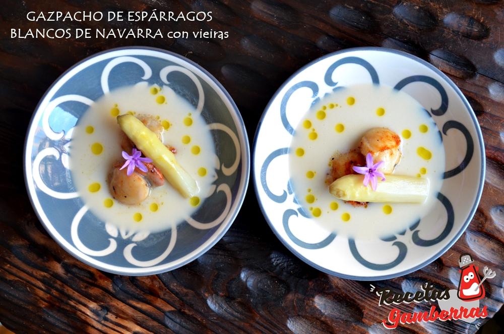 Plato de gazpacho de espárragos blancos de Navarra con vieiras.